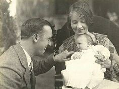 Stan Laurel, wife and daughter, Lois