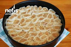 Tavuklu Yufka Mantısı (videolu) – Nefis Yemek Tarifleri Macaroni And Cheese, Salsa, Ethnic Recipes, Food, Mac And Cheese, Essen, Salsa Music, Meals, Yemek