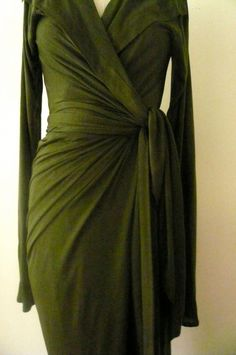 MARIA SEVERYNA Emerald Green Wrap dress