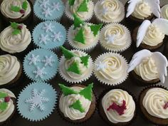 Order your Christmas cupcakes now!