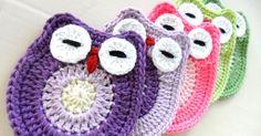 Ref.765 - Pregadeiras em Crochet corujinha