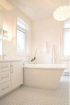 """2016 Paint Color Ideas for your Home""""Benjamin Moore Oxford White CC-30"""""""
