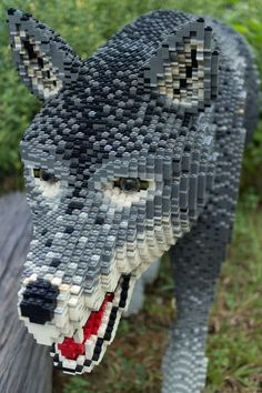 Awesome Lego wolf