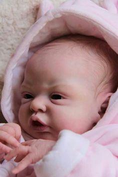 Esme reborned by Martine Alard WIP baby Newborn Baby Dolls, Cute Baby Dolls, Cute Babies, Ooak Dolls, Reborn Dolls, Reborn Babies, Real Looking Baby Dolls, Real Life Baby Dolls, Baby Born