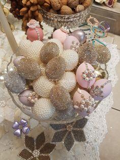 Sofreh aghd eggs Easter Egg Crafts, Easter Eggs, Paste, Gift Box Design, Persian Wedding, Egg Art, Easter Table, Egg Decorating, Finding Nemo
