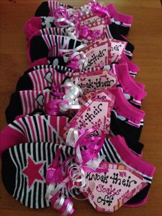 I used this for Rylies volleyball team on a 3 day tournament over Valentines Day The socks had stars hearts on them Volleyball Snacks, Volleyball Training, Volleyball Crafts, Volleyball Locker, Volleyball Team Gifts, Dance Team Gifts, Volleyball Tournaments, Cheer Gifts, Coaching Volleyball