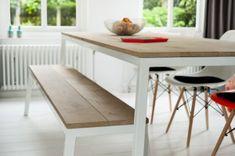 #Theneverendinghouse #opsmuk #witte eiken tafel met samen frame en bijpassende bank
