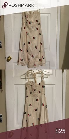 Swing dress Very cute and comfortable swing dress with cherries Betsey Johnson Dresses Midi
