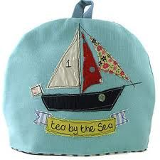 saily+boat+-+tea+cosy+-+Size outer+made+from+brushed+cotton.+Lining+made+from+baby+cord+or+cotton+ticking.+Padded+with+polyester+wadding.Design+detail Applique+and+freehand+machine+embroidery+on+front+and+back Freehand Machine Embroidery, Free Motion Embroidery, Free Machine Embroidery, Hand Embroidery, Embroidery Stitches, Sewing Crafts, Sewing Projects, Sewing Ideas, Sewing Art