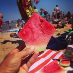 Cut your watermelon like this.
