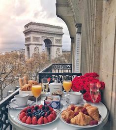 Places To Travel, Places To Go, Travel Destinations, Triomphe, Travel Goals, Travel Style, Belle Photo, Dream Vacations, Luxury Lifestyle