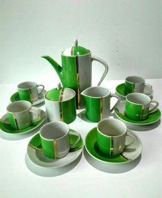 Serwis kawowy Art Deco fabryki porcelany Hollóházi – Rzecz: Pospolita
