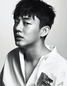 Go here for Yoo Ah In's previously released spreads from High Cut's Vol. Korean Star, Korean Men, Asian Men, Asian Boys, Asian Actors, Korean Actors, Asian Celebrities, Yoo Ah In, Asian Hotties