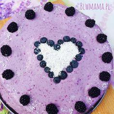 Tort cytrynowy z kremem z gumi jagód. Dziecięcy tort nie musi składać się z masy cukrowej!!! BLW. – BLW od kuchni. Rozwój dziecka przez jedzenie.