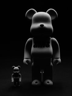 Black we love, the favorites of StoresConnect.nl, be inspired! - Alife Be@rbrick Flocked Set by Medicom Toy