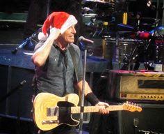 Bruce Springsteen & The E Street Band – 2013 Tour Dates:  http://brucetapes.com/2013-tour-dates/