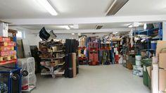 In unserem Lager befindet sich genug Platz für Werkzeug und Materialien