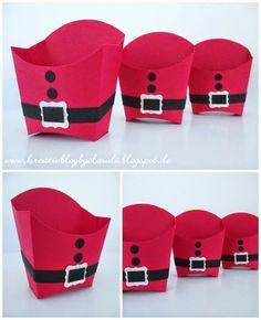Ach, jedes Jahr das selbe. Ist das nun eine Nikolaus-Box oder Weihnachtsmann-Schachtel. Ich finde ja, die Pommesbox sieht eher nach Weihnac...