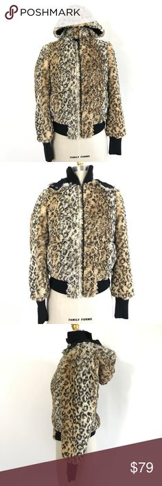 Alice + Olivia leopard hoodie Faux fur leopard Zip up hoodie size XS  Ⓜ️Size XS Ⓜ️Bust 34 Ⓜ️Length 22 Ⓜ️Sleeves 25   Perfect fall hoodie, faux fur style, zip up front, size pockets, removable hood. Like new no tags, no visible flaws.  🚫No Trading 🙅🏻 ✅Bundle and save  ✅🚭 ❗️Poshmark rules only‼️ Alice + Olivia Jackets & Coats