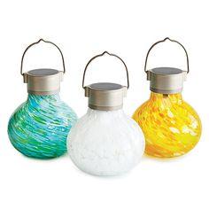 Solar tealight lanterns: beautiful and eco friendly.
