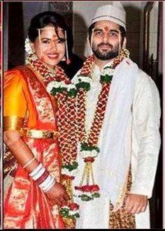 Sameera Reddy tied the knot with businessman Akshai Varde on 22nd Jan #wedding2014 #Weddingplz #Wedding #Bride #Groom #love #Fashion #IndianWedding #Beautiful #Style
