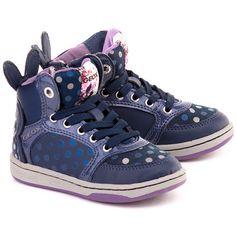 Rozmiar typowy Zalecamy kupować buty w rozmiarze noszonym zazwyczaj Wygodny krój Elastyczna podeszwa Sznurowadła i suwak pozwalające na dopasowanie obuwia do stopy