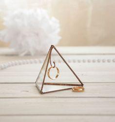 Pyramide de bague porte - vitrail titulaire-affichage box - boîte de bague de mariage
