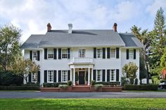 105 best Colonial Style Homes images on Pinterest | Saltbox houses Colonial House Designs For Narrow Side Porch Html on