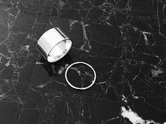In Silver We Trust: Armbanduhren, Ringe, Ohrringe und mehr ...