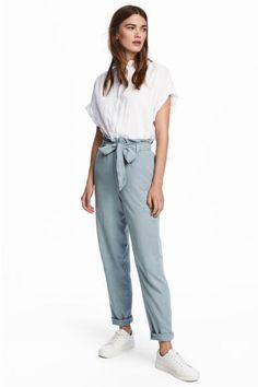 Spodnie z marszczoną talią - Jasny szaroniebieski - ONA | H&M PL