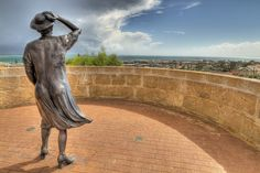 Waiting Women - HMAS Sydney Memorial, Geraldton, Western Australia // photo by Frank Moroni
