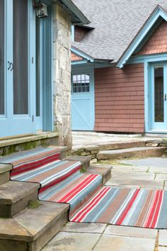 Outdoor carpets that are perfect for the cottage!