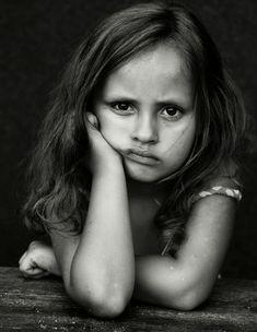 Poor Little Tyke. Looks So Bummed. http://www.fotoferia.pl/photo/3355/s/najnowsze