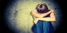 על פי החשד, תושב נתניה בן 37 גרם לנערה בת שבע-עשרה להאמין כי הוא צלם מקצועי שבזכותו תהפוך לדוגמנית ושכנע אותה לקיים אתו יחסי מין. מעצרו הוארך בחשד לבעילת קטינה במרמה.