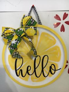 Dollar Tree Decor, Dollar Tree Crafts, Lemon Kitchen Decor, Kitchen Ideas, Wooden Door Signs, Craft Night, Diy Signs, Diy Wreath, Wreath Ideas