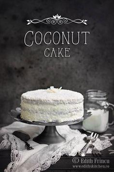Coconut low carb cake (Tort de cocos cu blat cu faina de cocos, crema din lapte de cocos acoperit cu o glazura delicioasa din lapte praf de cocos. Edith's Kitchen, Romanian Food, Coconut Flour, Christmas Cookies, Low Carb, Sweets, Desserts, Recipes, Cakes