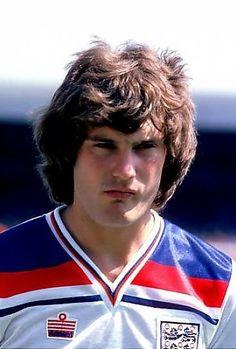 Glenn Hoddle England 1980