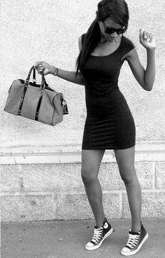 t-short dress & converse