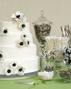 Black and White theme candy bar