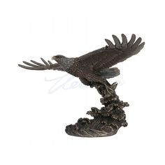 Eagle Sculpture Flying Modern Bronze Finish Art Hand Made Big Eagle Statue / 3 kgHeight 35 cm / inchesMaterial Real Bronze Metal/Cold Cast ResinThis collection of statues is breathtaking in the det. Eagle Statue, Accent Colors, Bronze Finish, Illusions, It Is Finished, Hand Painted, Sculpture, Animal, Big