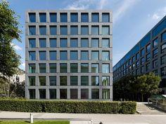 Herostrasse Office Building / Max Dudler