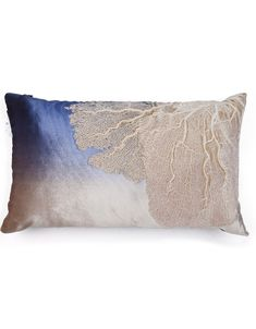 InStyle-Decor.com Designer Pillows For Luxury Homes. Over 3,500 modern, contemporary designer inspirations, now on line, to enjoy, pin, share  inspire. Including unique limited production, bedroom, living room, dining room, furniture, beds, nightstands, chests, dressers, coffee tables, side tables. Chandeliers, pendants, table lamps, floor lamps, wall mirrors, table décor. Beautiful home décor, home accessories, decorating ideas for interior architects, interior designers  fans.