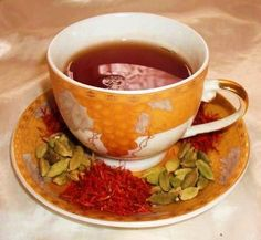 Traditional Kuwaiti Tea Recipe - F - Fruit Middle East Food, Middle Eastern Dishes, Middle Eastern Recipes, Arabic Food, Arabic Tea, Kuwait Food, Tea Recipes, Healthy Recipes, Cocoa Drink