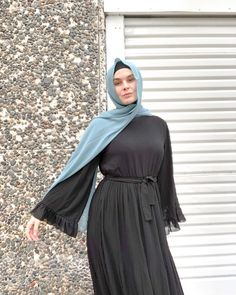 """Sammy J B 🐝 on Instagram: """"Every girl needs a pretty black dress & this one is officially my favourite! Picked this dress up from @divastymodestclothing and even…"""" Hijab Dress Party, Hijab Outfit, Modest Outfits, Casual Outfits, Pretty Black Dresses, Black Hijab, Maxi Cardigan, Every Girl, Hijab Fashion"""