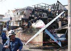 JA4060機 軽飛行機が墜落した事故現場=2015/07/26午後3時16分、東京都調布市