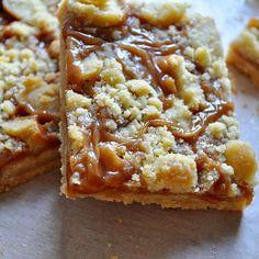 ¿habéis visto ya la nueva receta de hoy? Barritas de galleta y caramelo. La receta al completo en bake-mania.com ¡ánimo con la semana! #caramelo #reposteria #bakemania