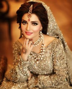 Pin By Famma Farooq On Bridal Best Bridal Makeup Pakistani Bridal Pakistani Bridal Hairstyles, Pakistani Bridal Makeup, Best Bridal Makeup, Pakistani Bridal Dresses, Bridal Beauty, Indian Bridal Hair, Bride Makeup, Bridal Looks, Bridal Style