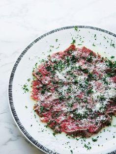 やわらかい肉から、あふれ出る旨みに感動!|『ELLE a table』はおしゃれで簡単なレシピが満載!