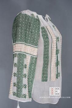 Peasant Blouse, Blouse Dress, Bohemian Style, Bohemian Fashion, Boho, Folk Costume, Costumes, Blouse Online, Traditional Outfits