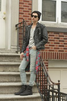fb3ab765b what-do-i-wear  T-Shirt - Zara Denim - Levi s Flannel - Thrifted Boots -  Beacon s Closet (image  lpfashionphilosophy)
